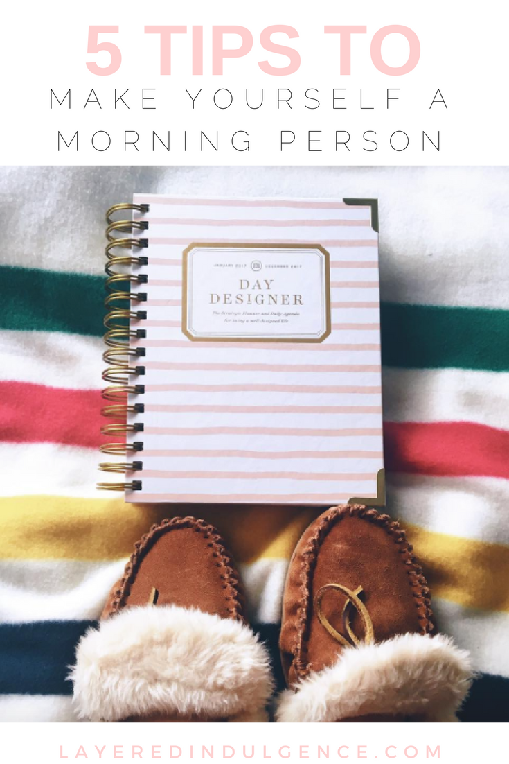 Wondering how to become a morning person? Check out my tips on creating an ideal routine to increase productivity throughout the day. From planning your day the night before to creating a schedule, take a look at how to be a morning person! Click through to read the post now and save it for others to read too!