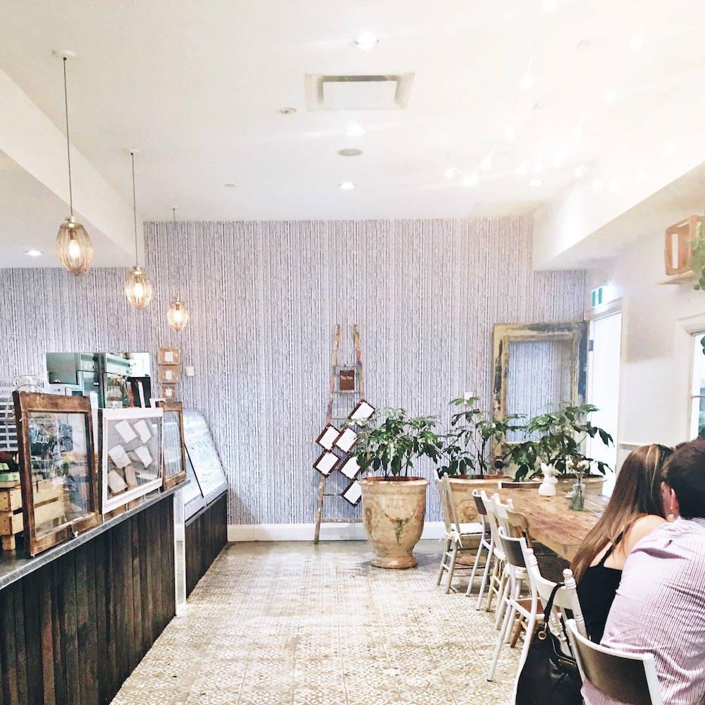 toronto-cafe-maman