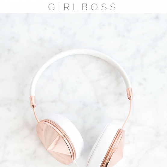 These podcasts for women are the best motivational and free podcasts out there! If you're looking for inspiration on the daily, these are the top podcasts for women in their 20s who are creative and entrepreneurial minded! Check out which ones made the list and save this pin for others!