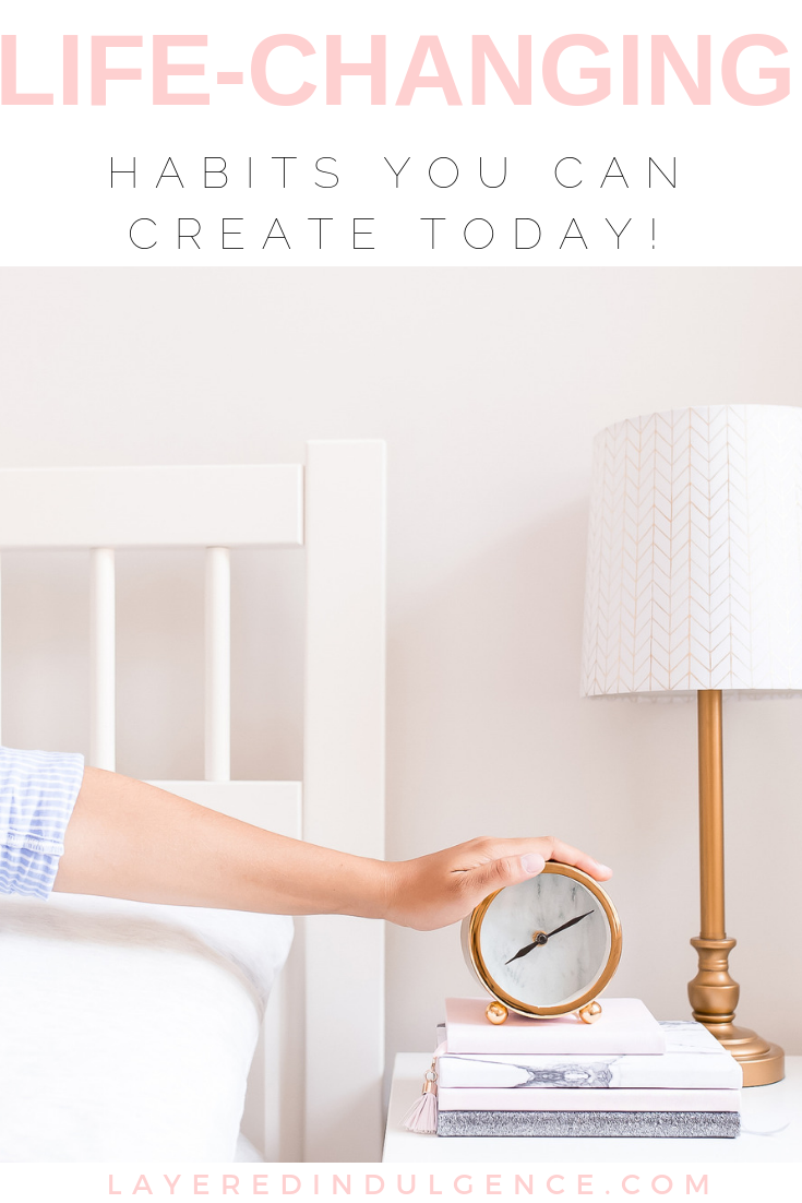 10 life-changing habits inspired by successful people! The best tips and ideas, from morning routines to health tips to practicing gratitude. This simple post will give you motivation to live your best and most successful life!