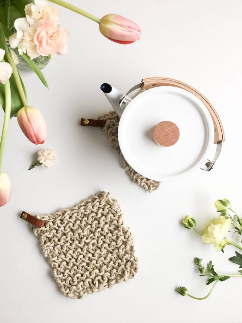 easy diy gifts knit twine potholder