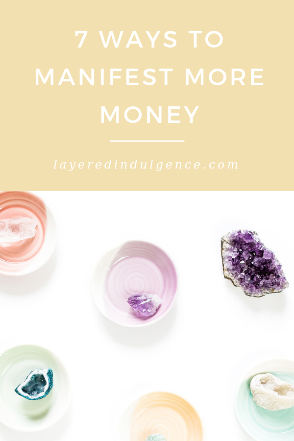 Law of attraction: How to manifest money fast! The secret to increasing your wealth and attracting more money. Learn how to eliminate money blocks and rewrite your money story with these top tips!