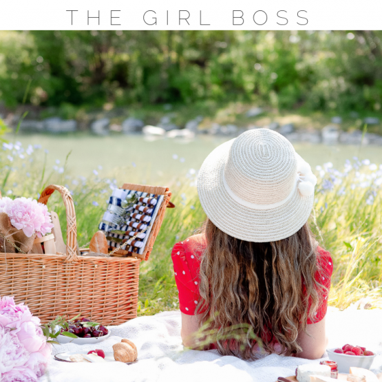 The ultimate list of daily and weekly self care practices for the girl boss. The girl boss lifestyle is often glamorized, but entrepreneurs need self care more than anyone. Read my top tips on the best self care routine for women who work for themselves! #selfcare #girlboss #entrepreneur #selfcareroutine #selfcarepractices