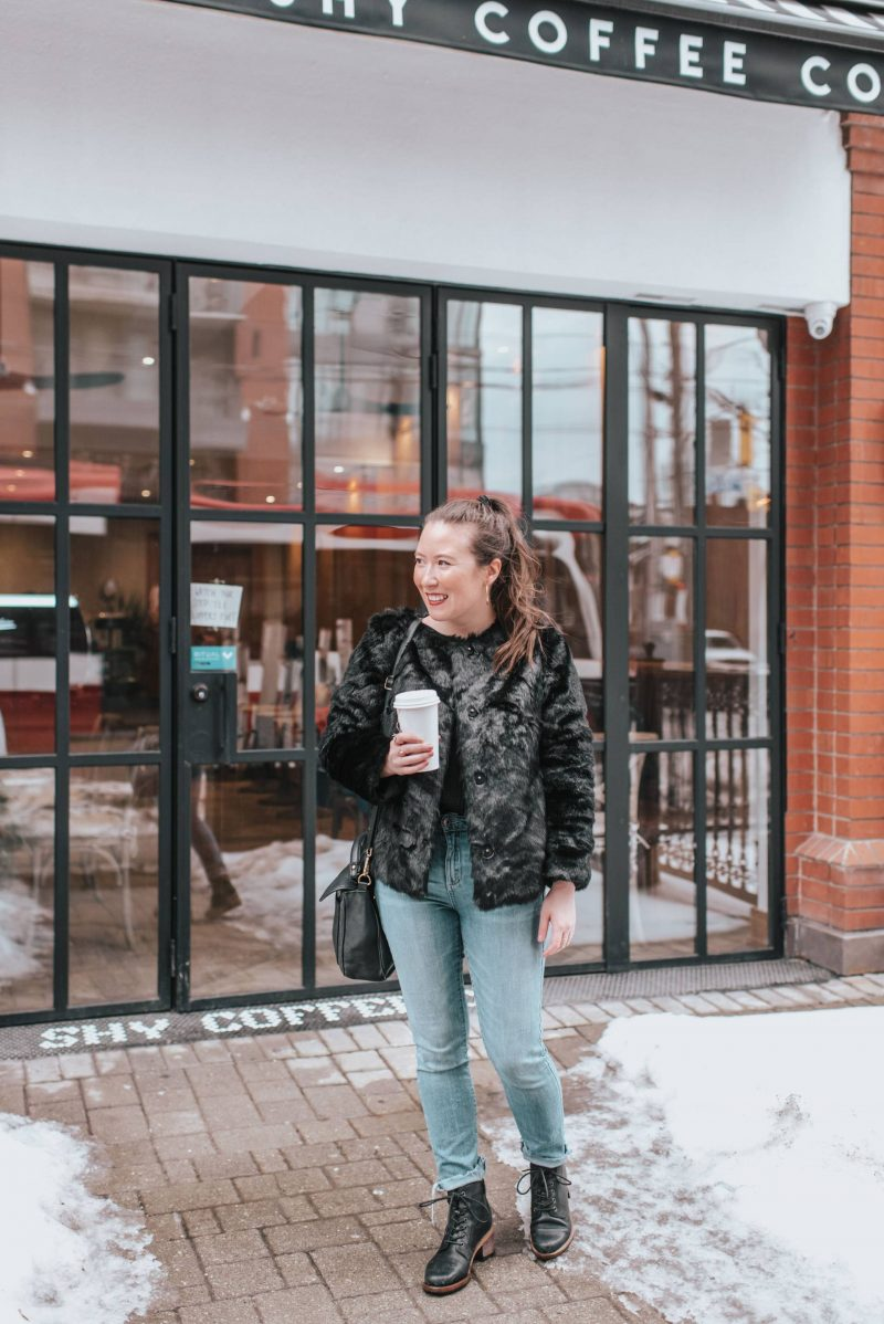 Winter outfit inspiration for the never ending polar vortex. Cold weather outfits for women to wear for work, travel, or on a casual Sunday. You'll love these dressy, warm styles!